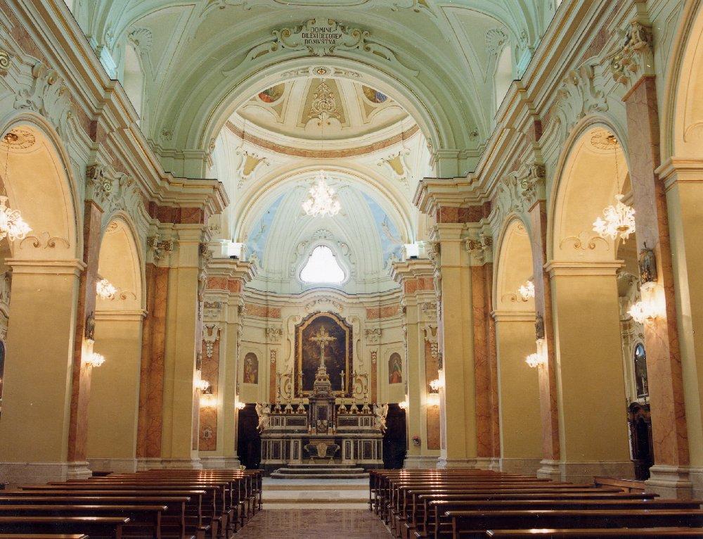 Luoghi del sud da visitare eleaml mino errico eleaml for Interno chiesa